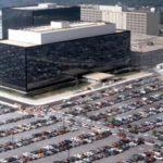パスワードも暗号化も、政府に対しては何の意味もなかった