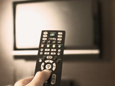 テレビで朝から晩まで大量の情報を浴びても白痴化する理由