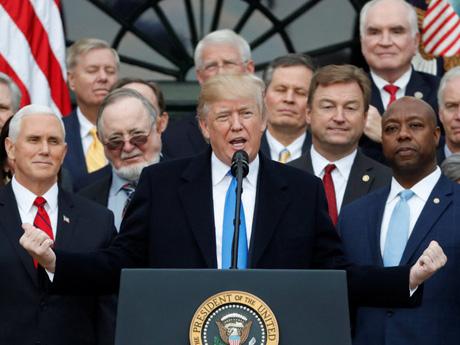 トランプ減税という「歴史的な一歩」をどのように見るか?