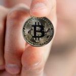 仮想通貨の価値は「ゼロ」と「無限」の間で揺れ動いている