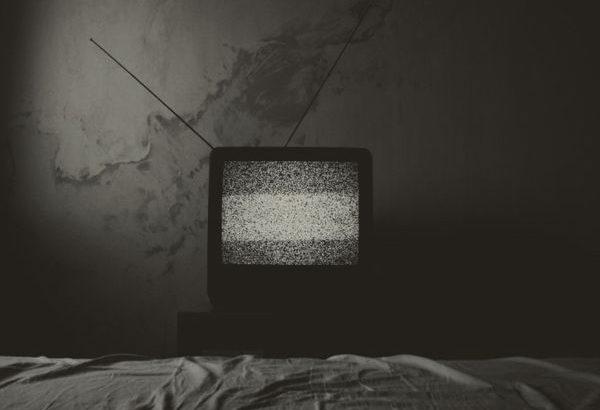テレビをだらだらと見て高度な専門知識が身に付くことは絶対にない