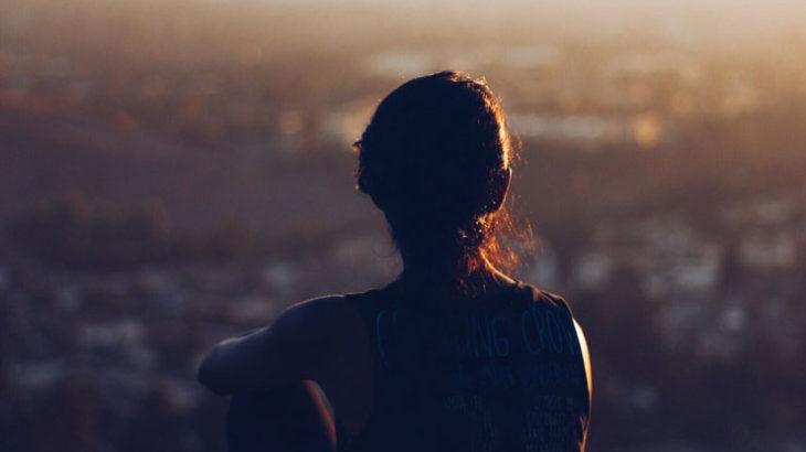 単身世帯の増加、離婚の増加、孤独死の増加という社会の裏側に何があるのか?