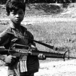 左翼の抹殺体質。共産主義の独裁者はインテリを憎んで無学な子供たちを好む
